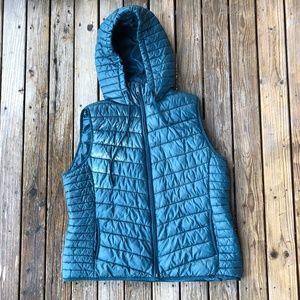 OLD NAVY ACTIVE Lightweight Blue Puffer Vest Hood